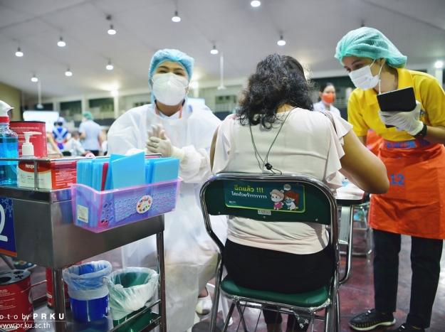 บรรยากาศการฉีดวัคซีน COVID-19 วันที่ 19 มิถุนายน 2564