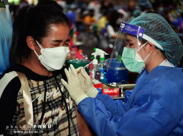 บรรยากาศการฉีดวัคซีน COVID-19 วันที่17 กรกฎาคม 2564