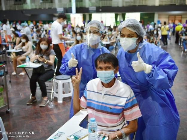 บรรยากาศการฉีดวัคซีน COVID-19 เข็มที่ 2 วันที่ 9 ตุลาคม 2564
